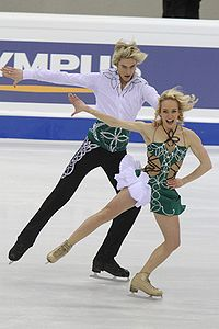 Pernelle CARRON Lloyd JONES World Championships 2010.jpg
